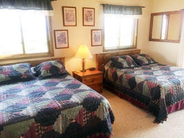 J2F Guest Ranch - Upstairs Bedroom